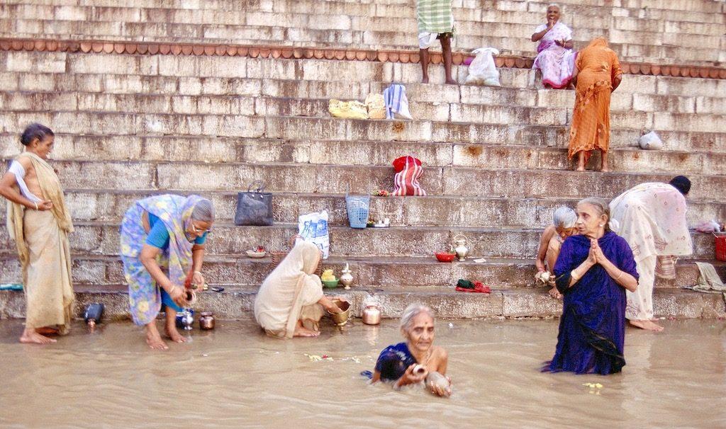 Los Ghats de Benarés en India