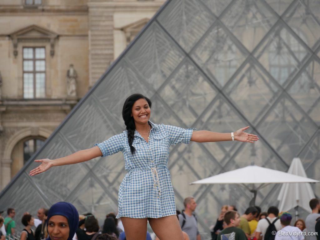 La pirámide del Louvre